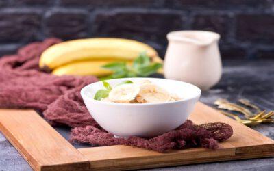 Czy owsianka to dobre śniadanie? Poznaj zalety płatków owsianych